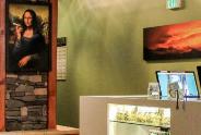 Mona Liza Smoking weed